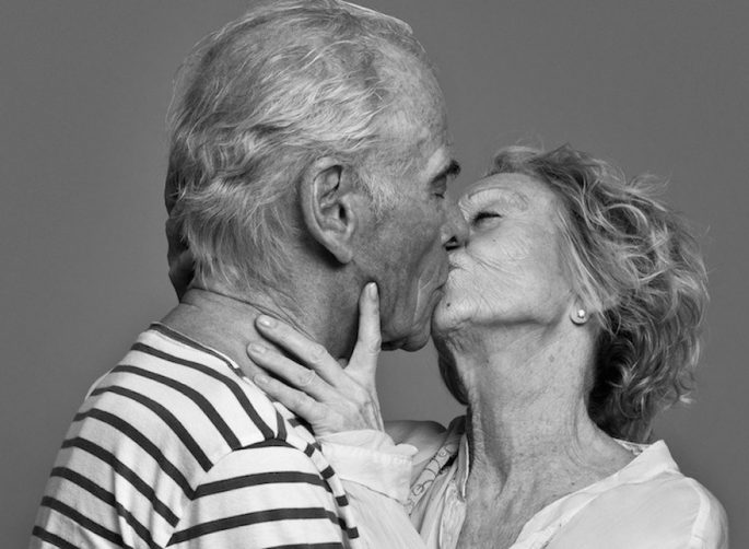 couples-passionately-kissing-ben-lamberty-7-5875dfdf5ccdf__880-685x502