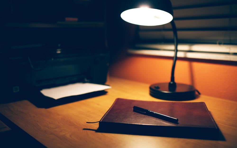desk-lamp-wallpaper-45943-47224-hd-wallpapers