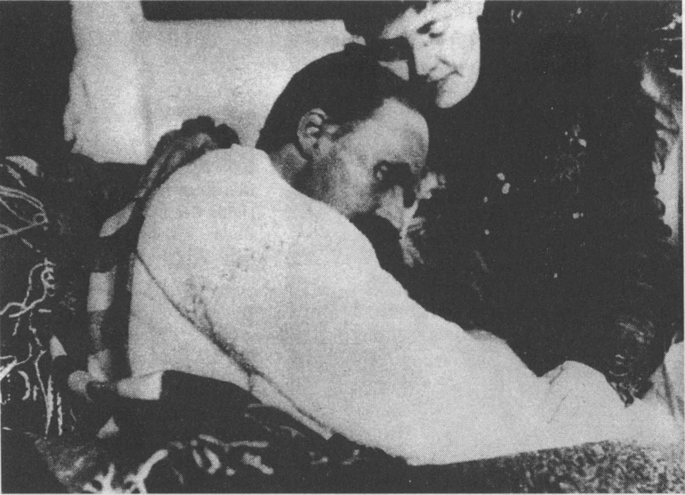 nietzsche-and-his-sister-1899