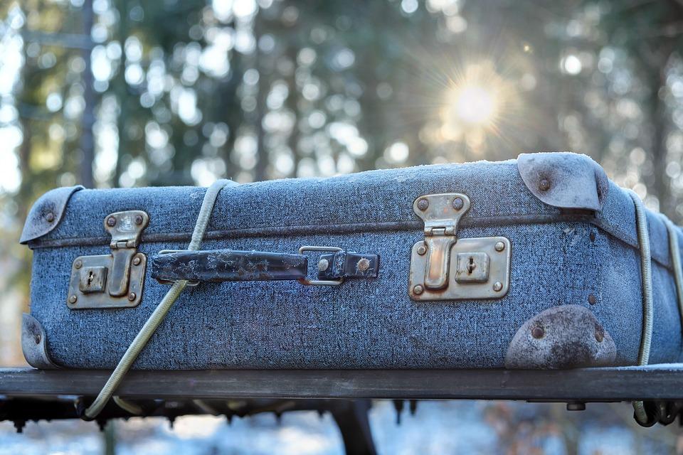 luggage-2020548_960_720